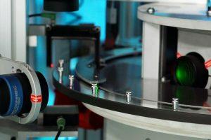 Inspection visuelle automatisée de toutes les pièces usinées